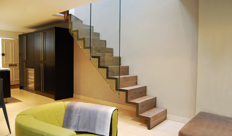 Stairs Wood-Clad Slim-Cut Stringer_ Kinnerton Place, Knightsbridge, London